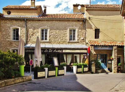 Restaurant Le St. Andre in Bonnieux