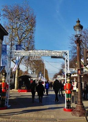 Entrance to the Champs Elysées Christmas Market