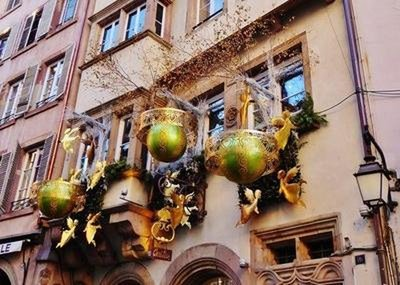 Christmas decorations on rue Mercière