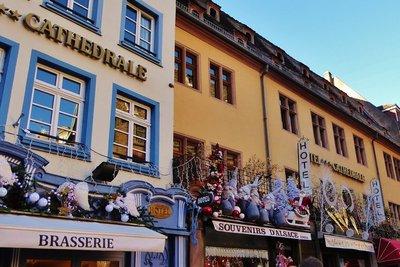 The Christmas Market - Cathedral Le Marché de Noël - Cathédrale