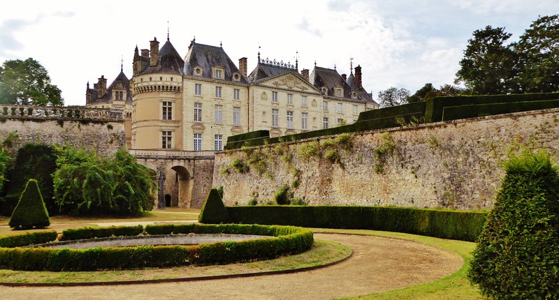 Château du Lude from the lower garden
