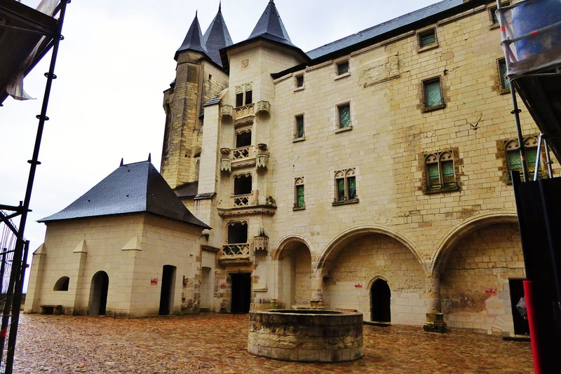 Château de Saumur from under my umbrella