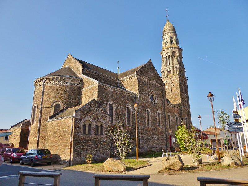 Eglise Saint-Fiacre-sur-Maine