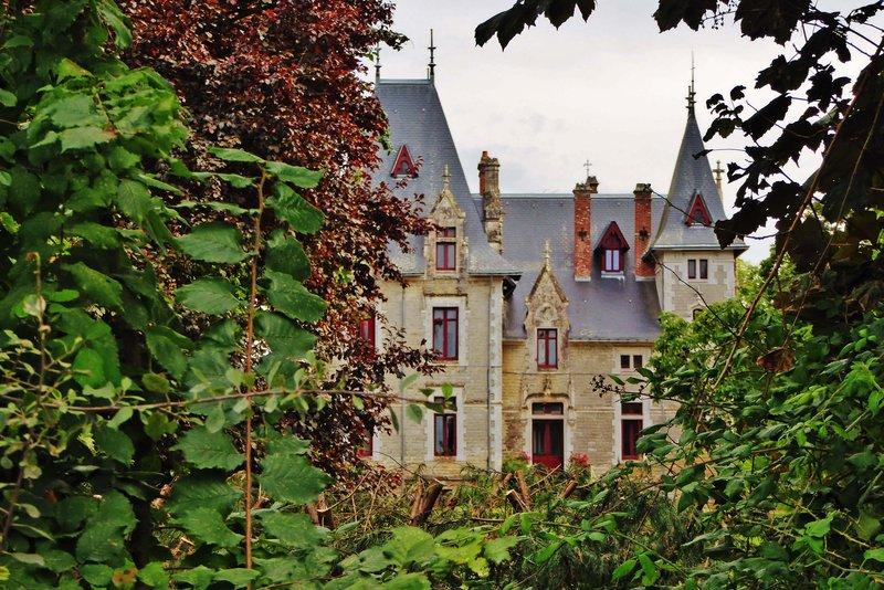 Château at Abbaye de L'Île Chauvet