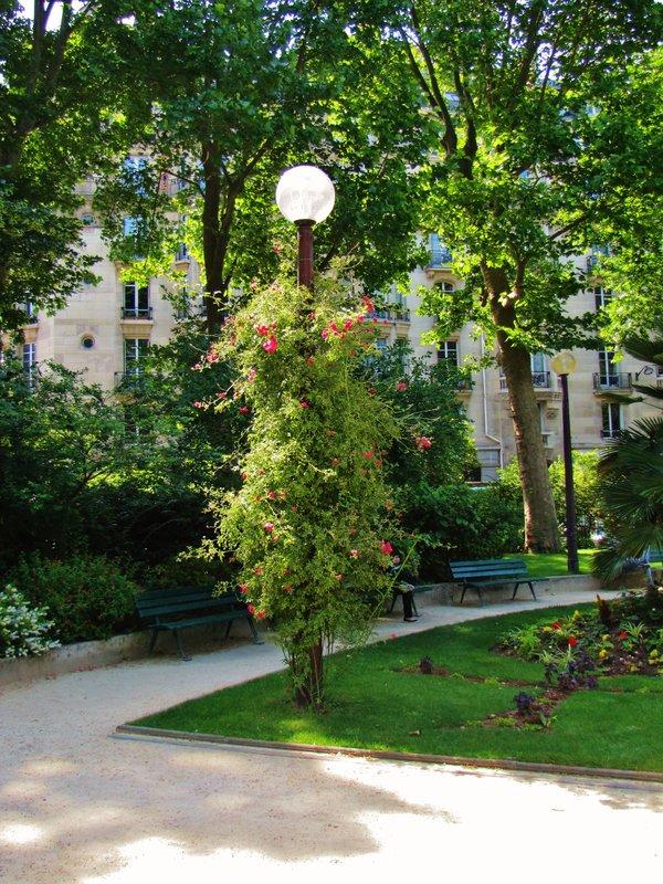Square Boucicaut