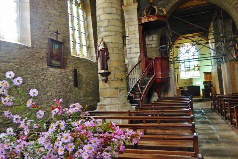 Interior Eglise Notre-Dame-de-la-Tronchaye