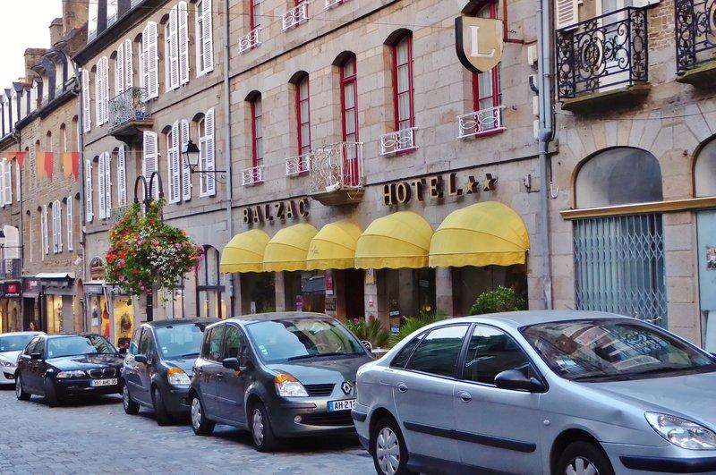 Hotel Balzac without the Market