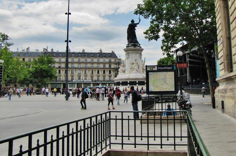 Place de la Republique Metro Station