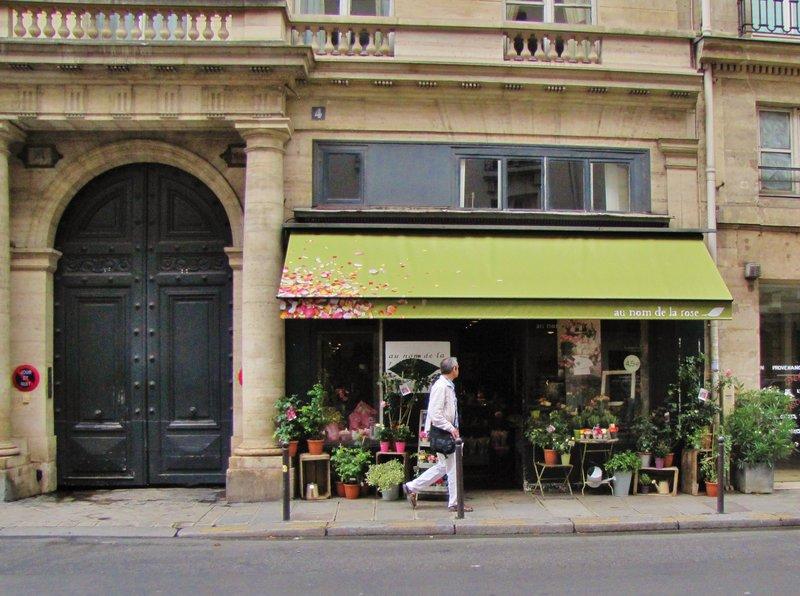 au nom de la rose on rue de Tournon