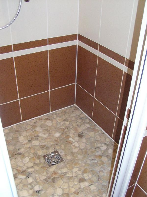 The new showers . . . love it! - Beaune