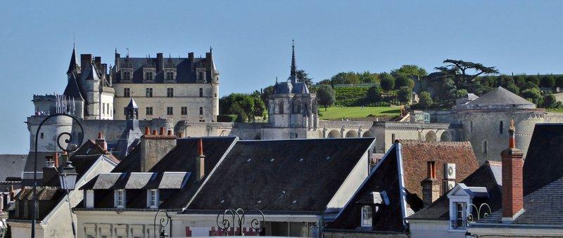 Château d'Amboise from Église Saint-Denis