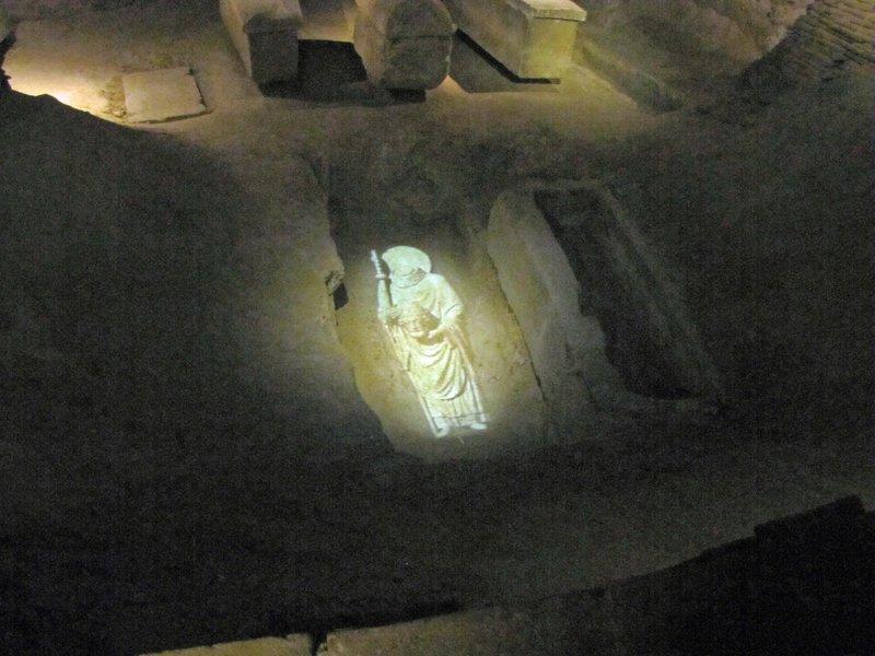 Projection of St. Denis in his tomb at Basilique Cathédrale de Saint-Denis