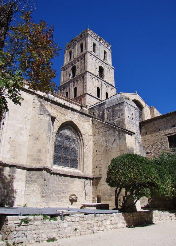 Cathedral de St. Trophime