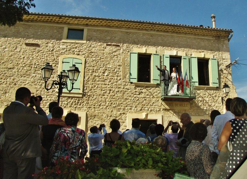 Wedding in Mollégès