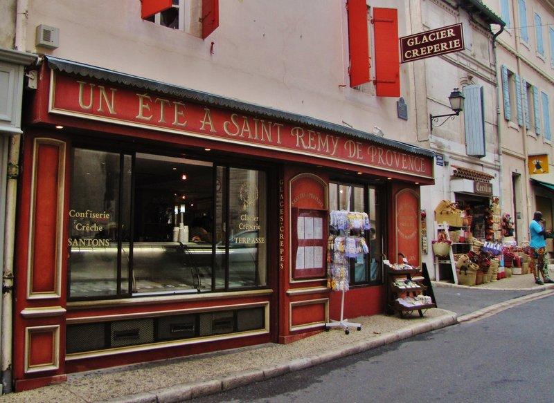 Un Ete A Saint Remy De Provence - creperie and glacier