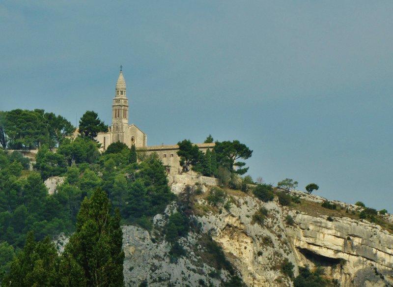 Notre Dame de Beauregard in Orgon