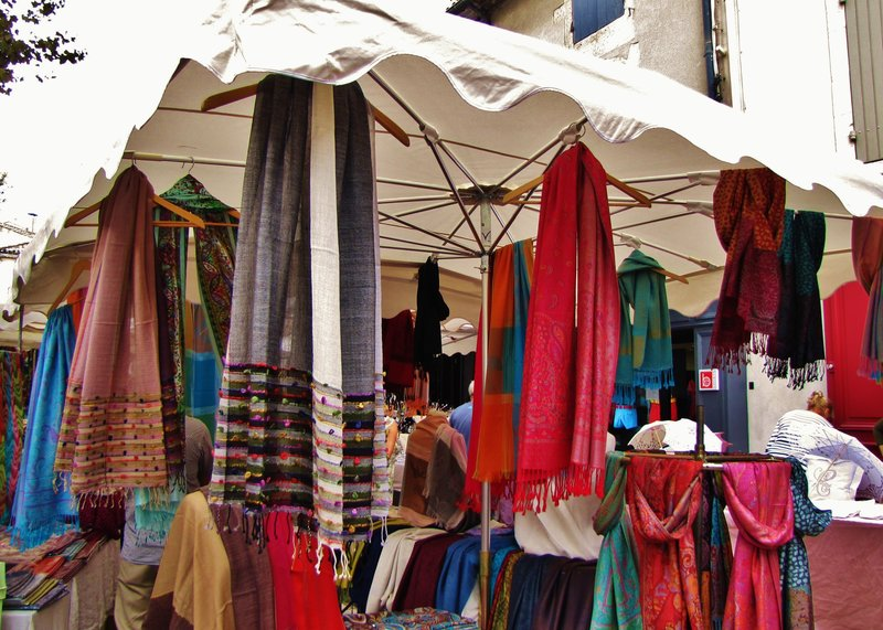 Street Market in Saint-Remy-de-Provence