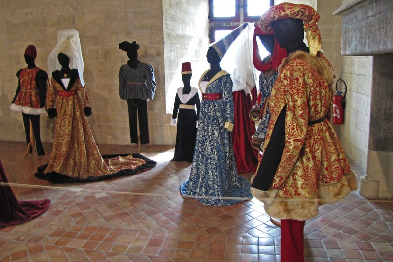 Medieval costume exhibit at Château de Tarascon
