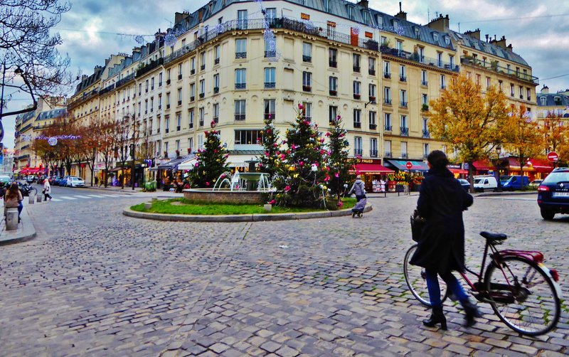 Square Saint-Médard near our hotel