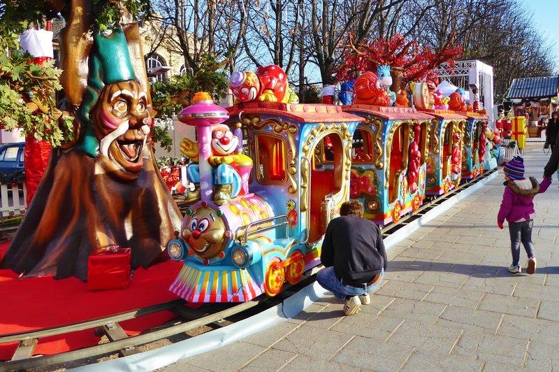 Champs-Élysées Christmas Market - Kids Train