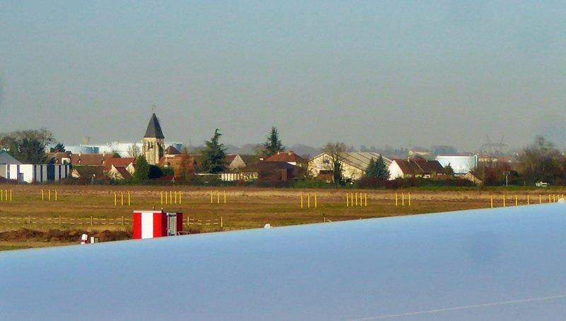 CDG - Headed down the runway