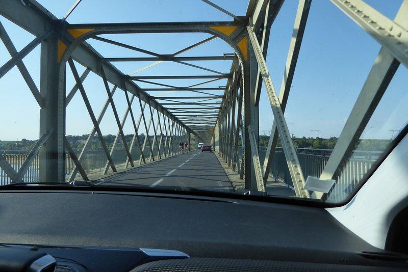 Crossing the Loire River near Château Montsoreau