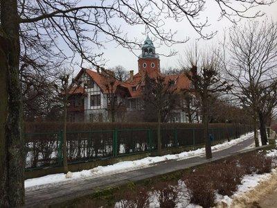 villa.jpg