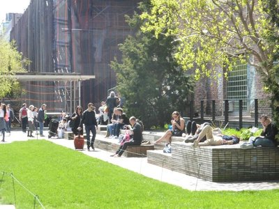 The High Line: resting post