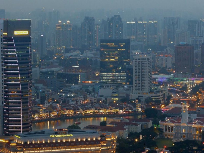 Singapore by night, with a view on Boat Quay