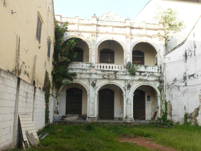 melaka house in not very good shape