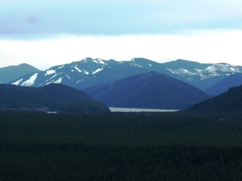 view on the Cascades mountain range