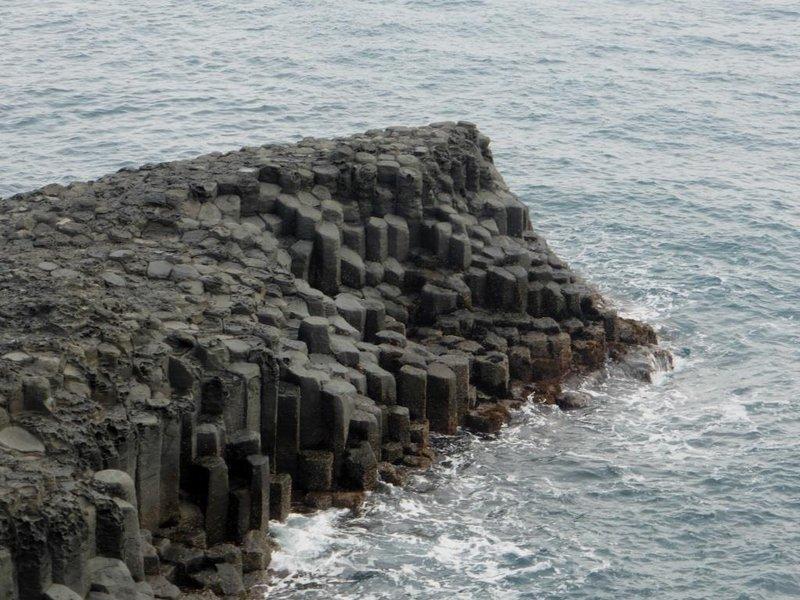 more basaltic columns