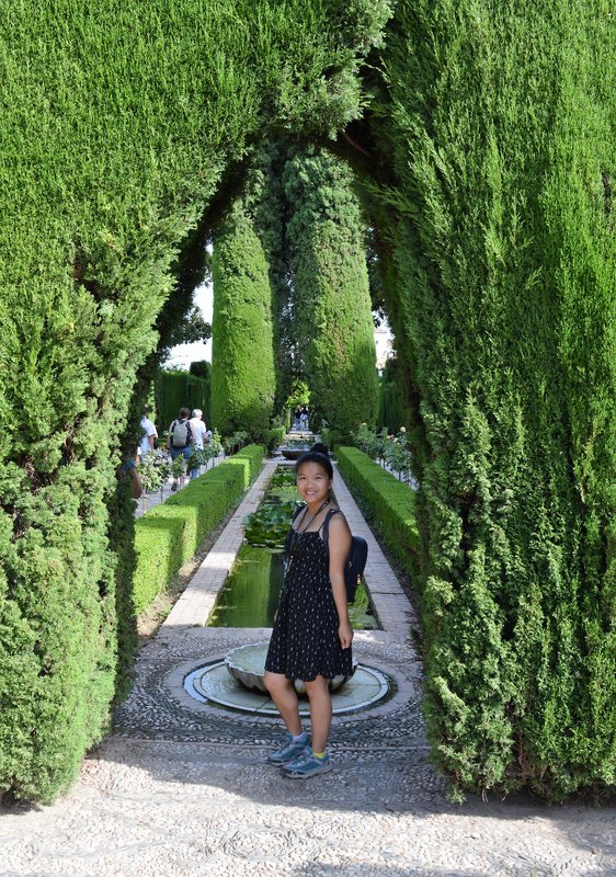 Chesirae and the sculpted gardens