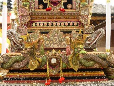 a templom (részlet II.)