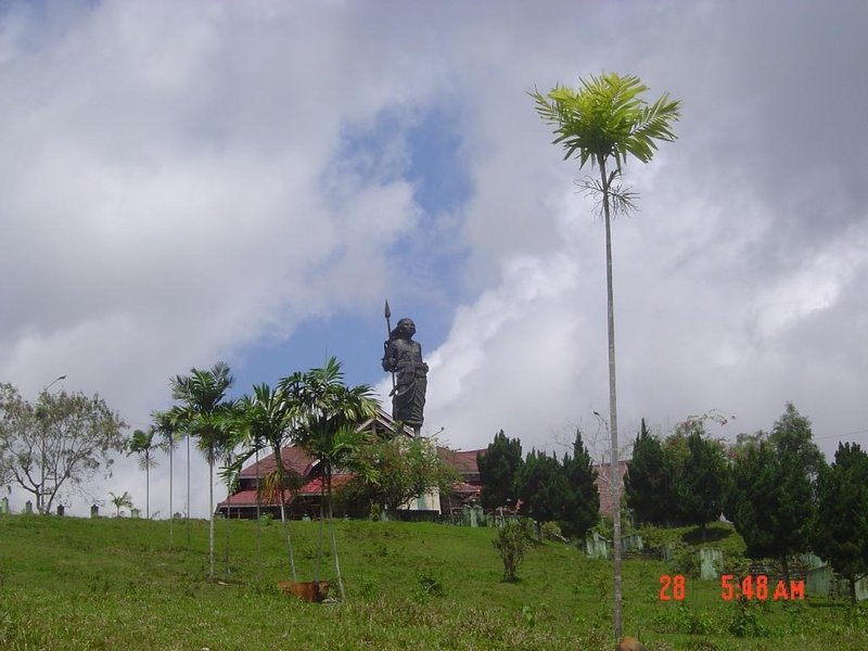 large_Ambon_Christinha_Monument.jpg