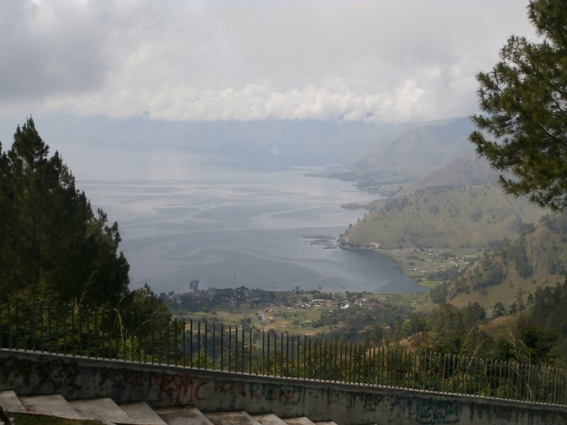 large_Danau_Toba..with_clouds.jpg