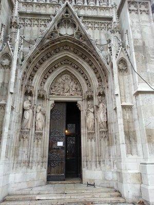 Entrance to Votivkirche