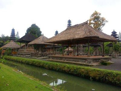 Pura Taman Ayun