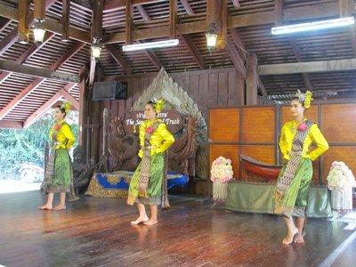 Thai cultural dancer