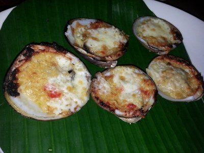 Baked cheese clams