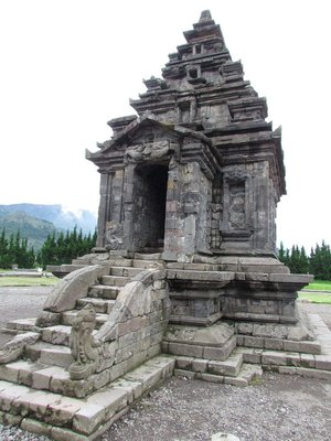 Puntadewa temple