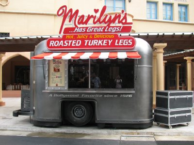 Marilyn's food car