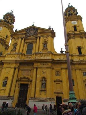 Theatiner church