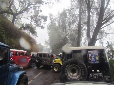 Jeeps on Mount Panajakan
