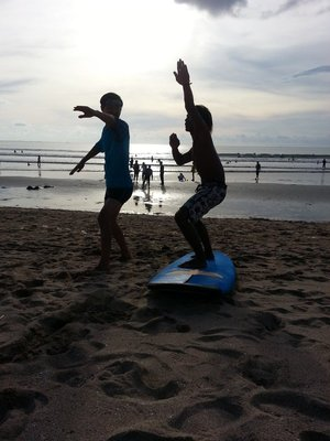 Surfing_lessons.jpg