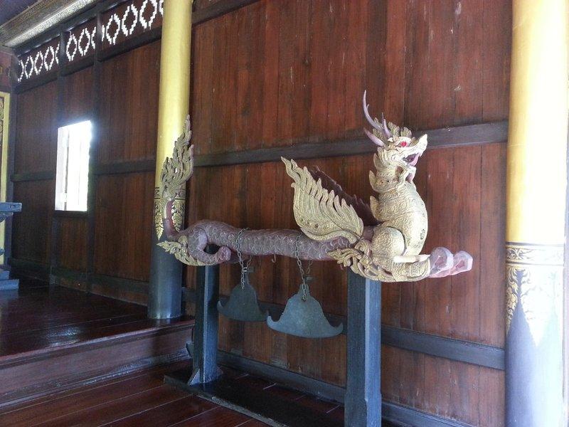 Dragon bells
