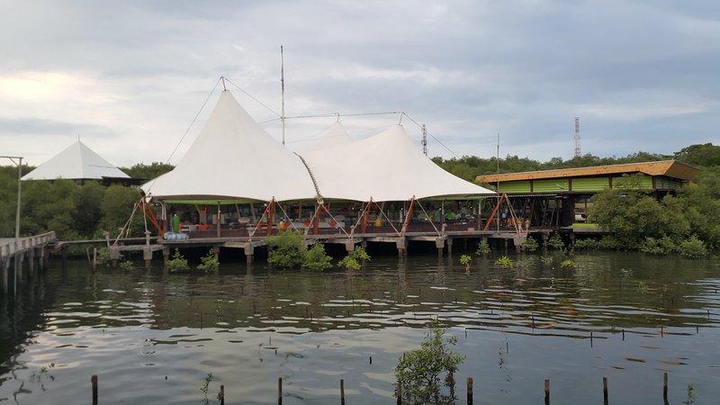 Restoran Pantai Rest-O-tent