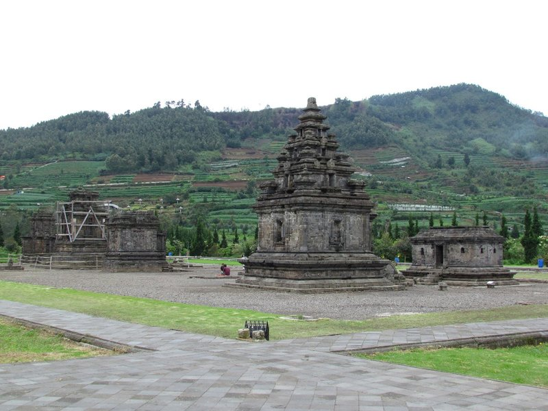 Arjuna temple complex