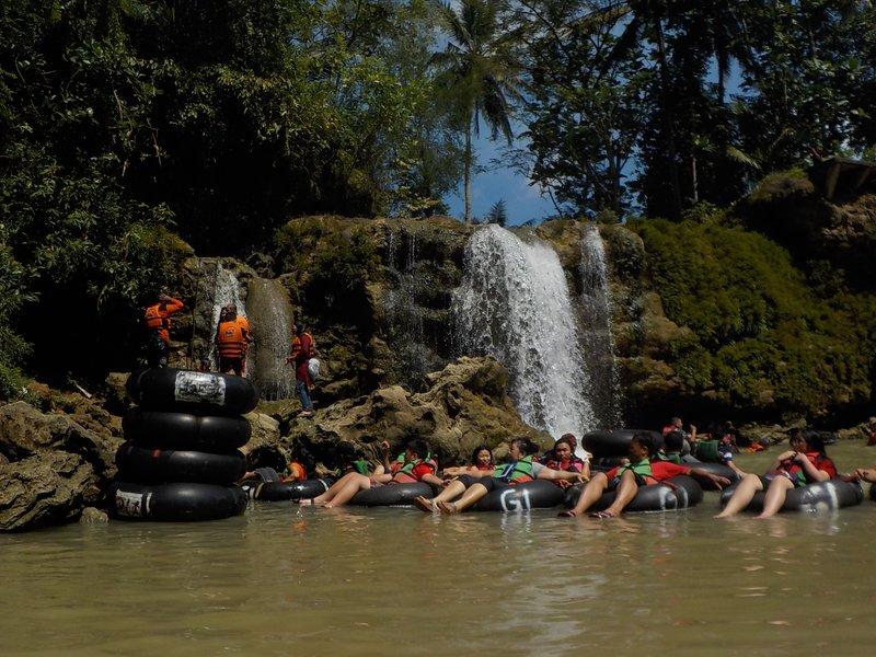 Kali Oyo Waterfall