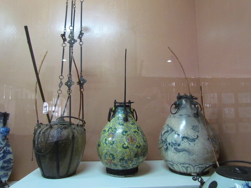 Opium equipment